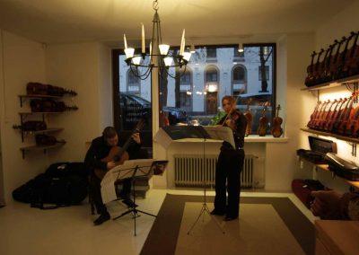 How Violins Konsertti-44