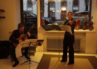 How Violins Konsertti-45