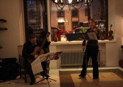 How Violins Konsertti-62